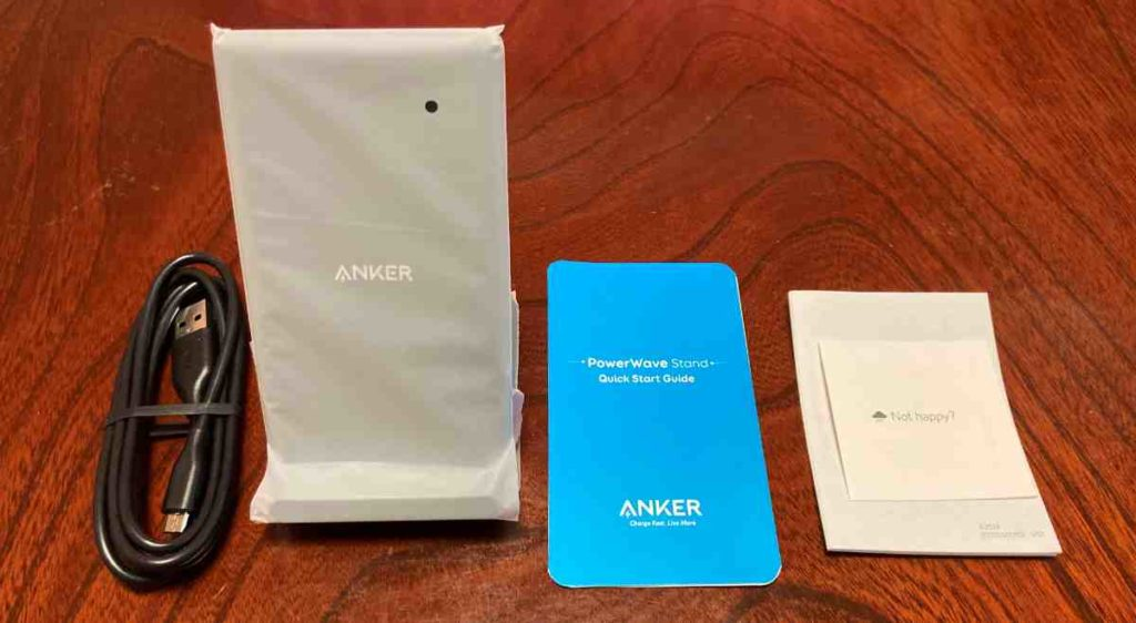 Anker PowerWave 10 Standの同梱物