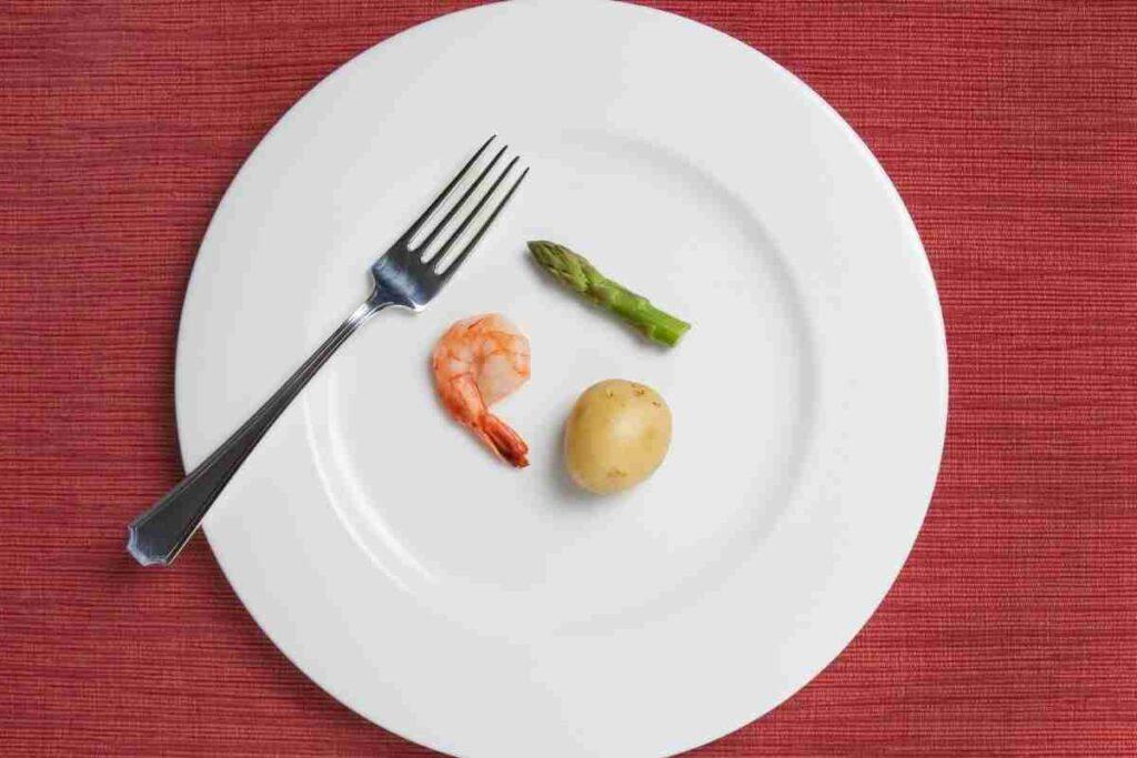1日1食は痩せすぎるので1日1.5食がおすすめ